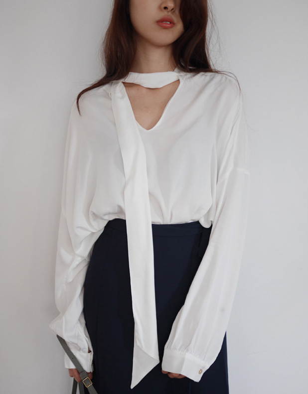 Shirring boxy blouse