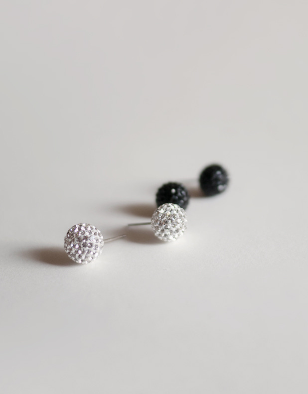 AGATHA 10 ball earring