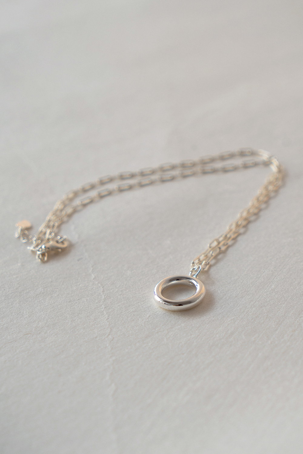 2230_Round Hoop Necklace