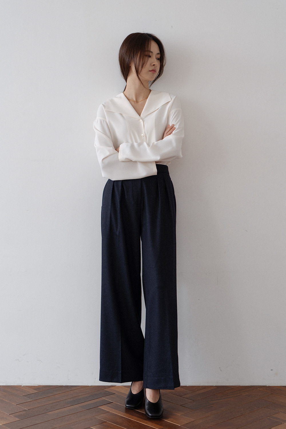 2642_Modern Pintuck Trousers