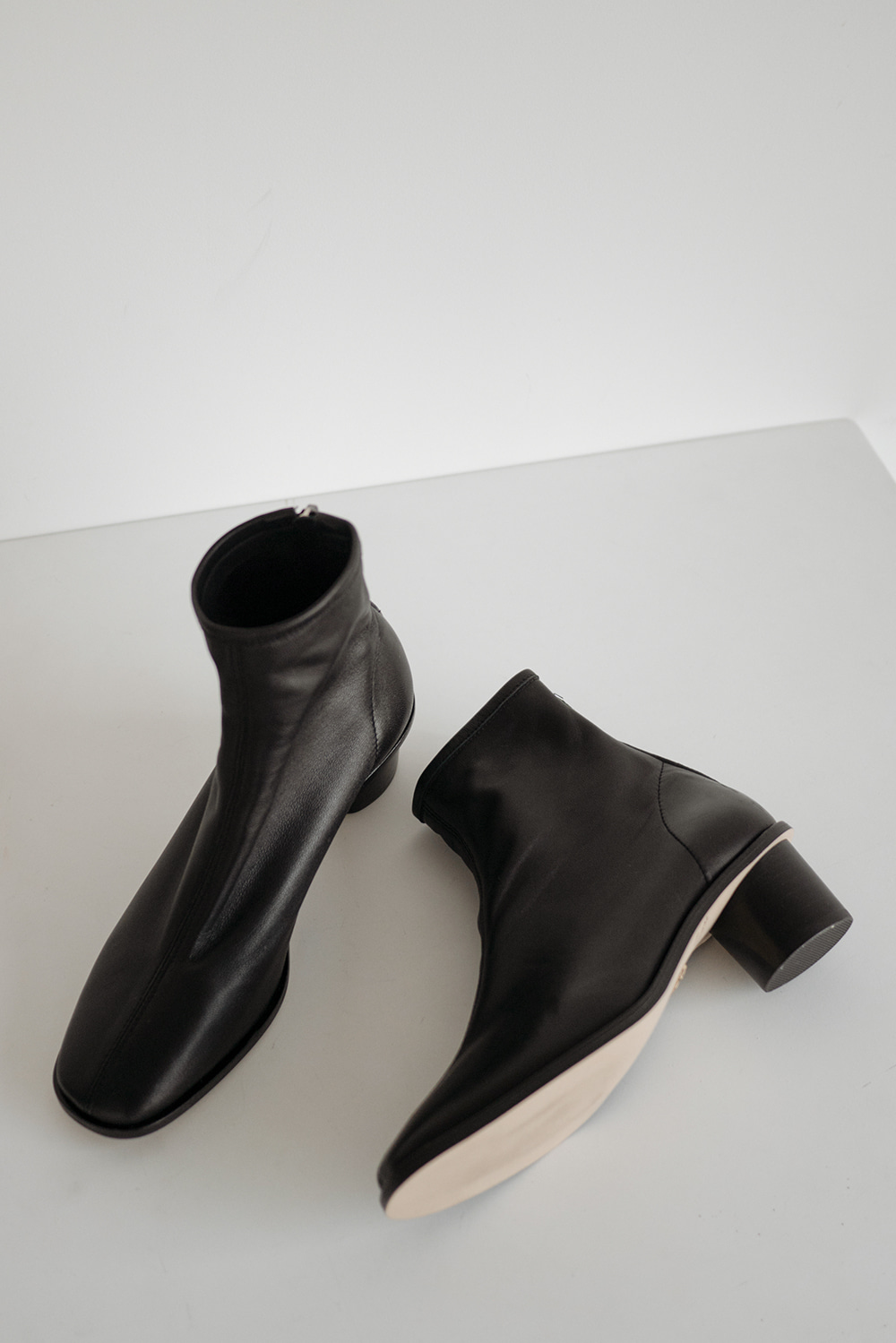 3944_Stability Ankle Boots