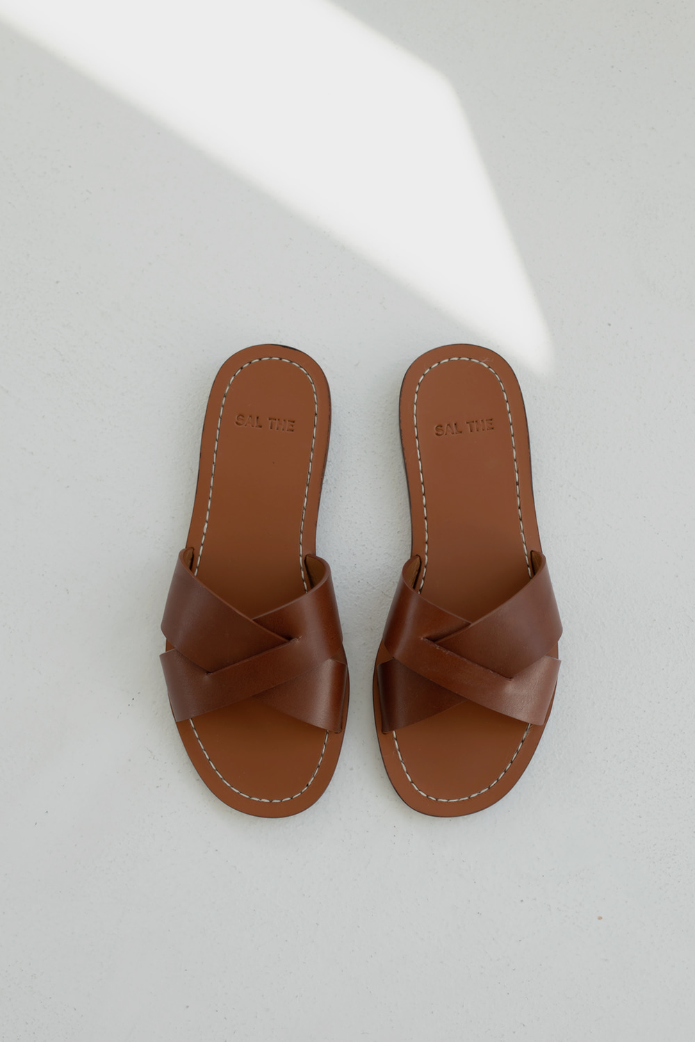 5535_SAL Strap Leather Slides