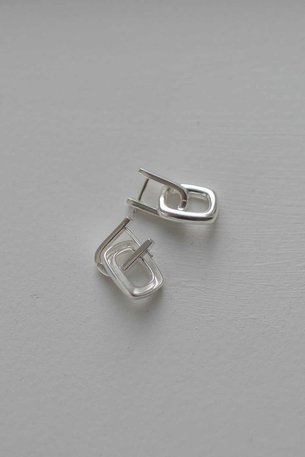 6680_Square Overlap Earrings
