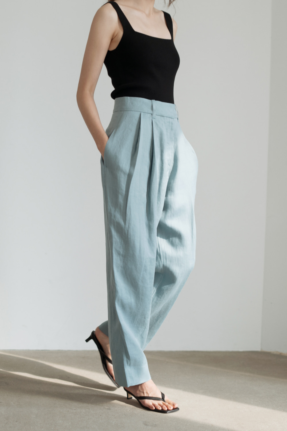 6804_Pintuck Linen Trousers