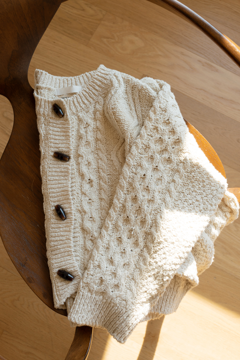 9734_CABLE-KNIT CARDIGAN