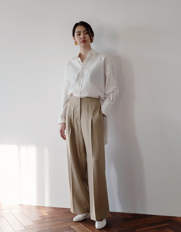 Wide pintuck Trousers(한정 40% DC)