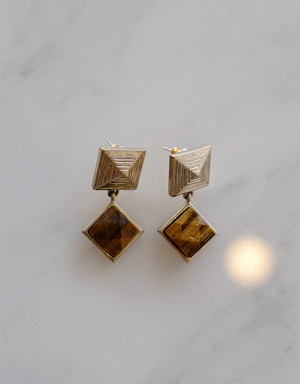 Vintage Egypt Earrings7일지연