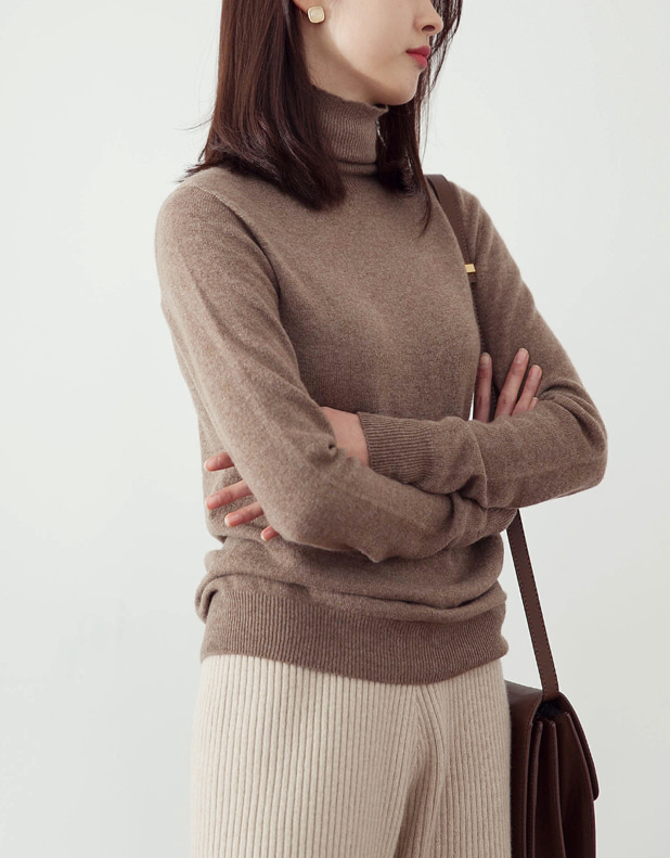 cashmere slim turtleneck