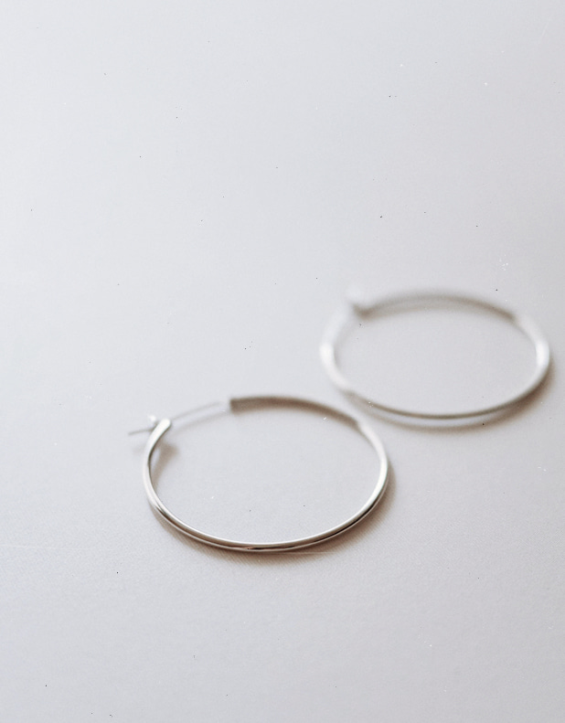 Silver HOOP Earrings_Large