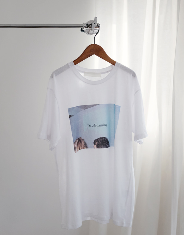Day dreaming Tee[일주일소요]