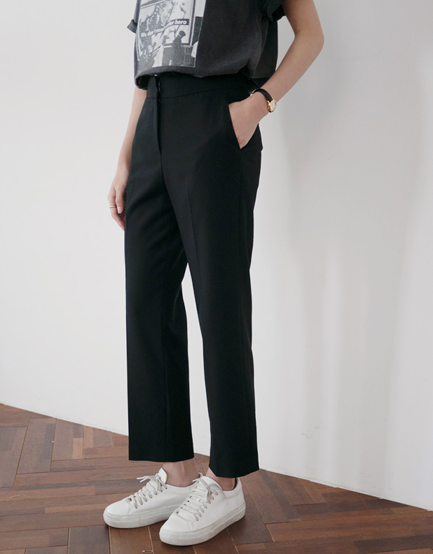 416  Wool  Cropped Trousers