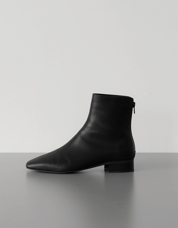 8555_Lambskin lined Boots