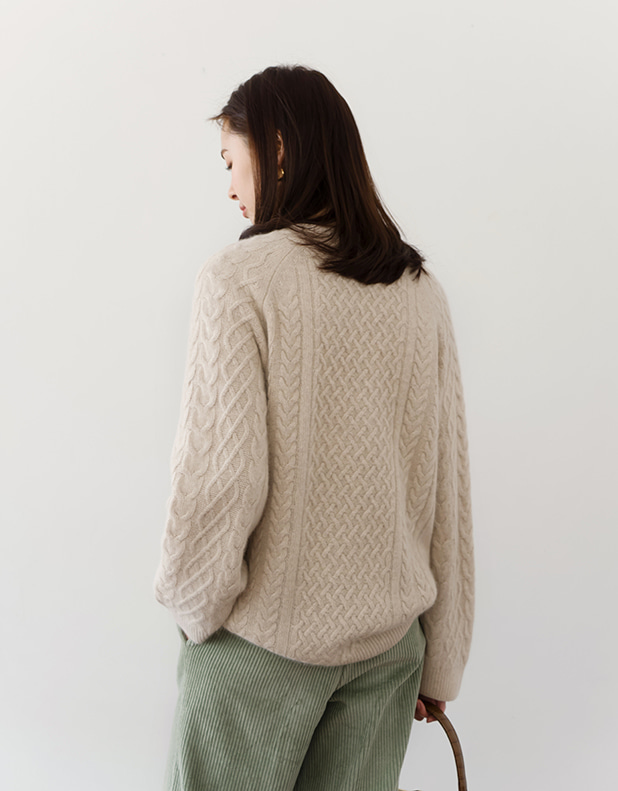 8802_BEIGE Twist Round Knit