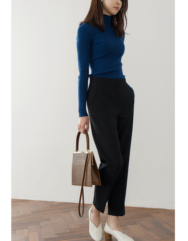 8730_Modern Trousers