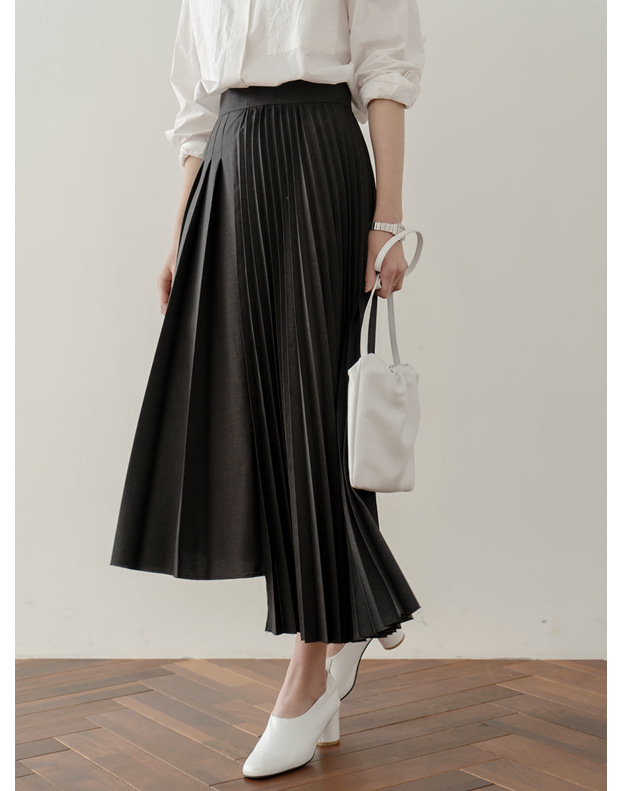 9526_Unbalance pleated Skirt