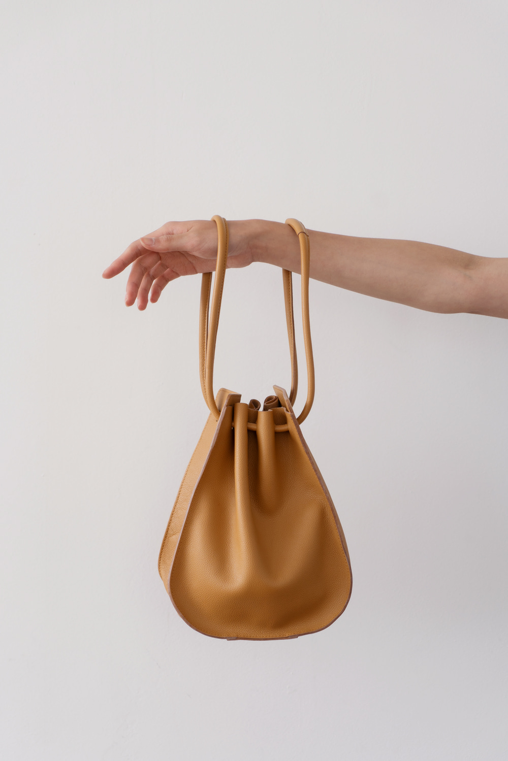 1895_Leather bucket bag  [ Pre_Order 10% DC ]