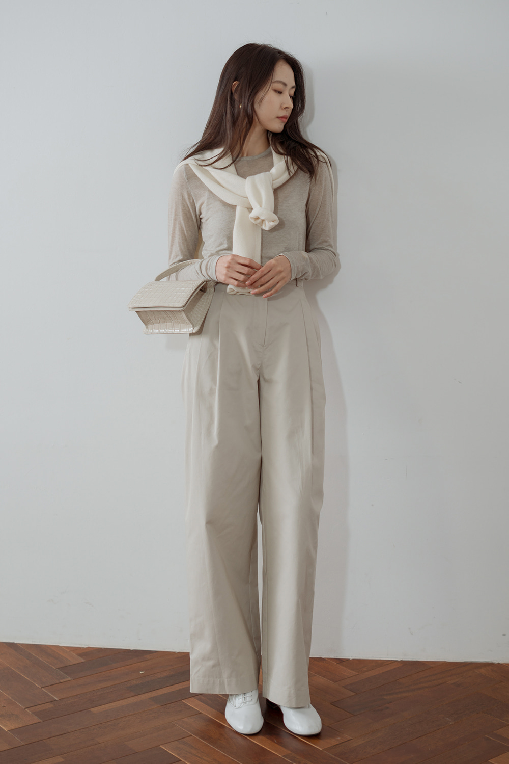 7249_Cotton Two Tuck Trousers
