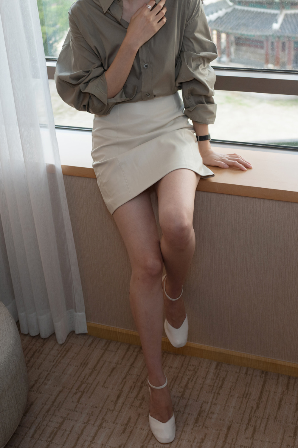 7402_Fake Leather Mini Skirt