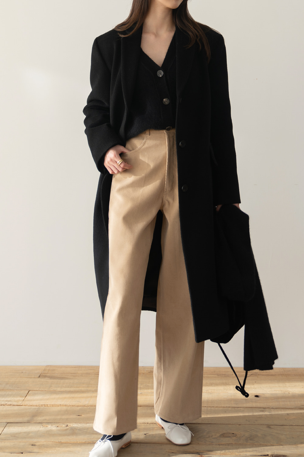 9198_Concise corduroy trousers