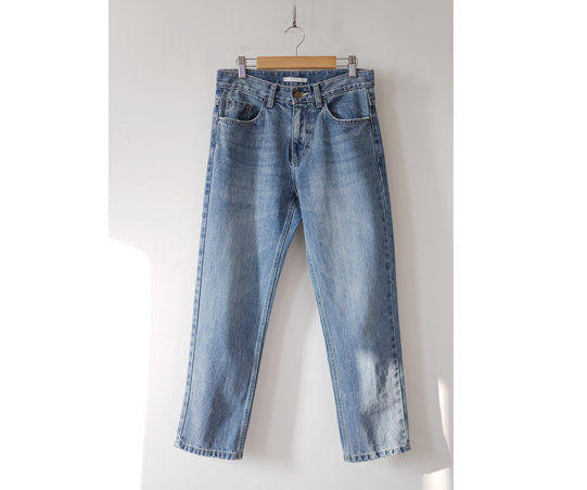modern Light Wash Jean