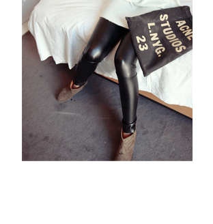 leather leggings70%