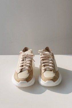 3157_Comfortable Walk Sneakers