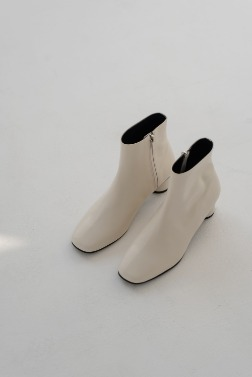 3306_Natural Ankle Boots