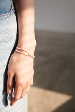 4918_Cross Chain Bracelet