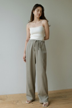 7065_Shiny half band pants