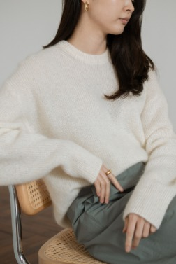 7596_Blanc pullover knit