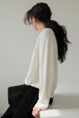 9922_ROUND NECK LONG SLEEVE SWEATER