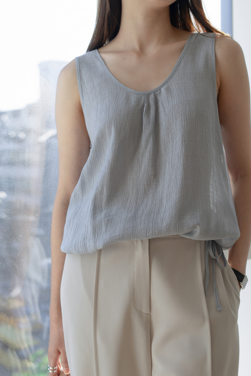 7097_Sleeveless String Top