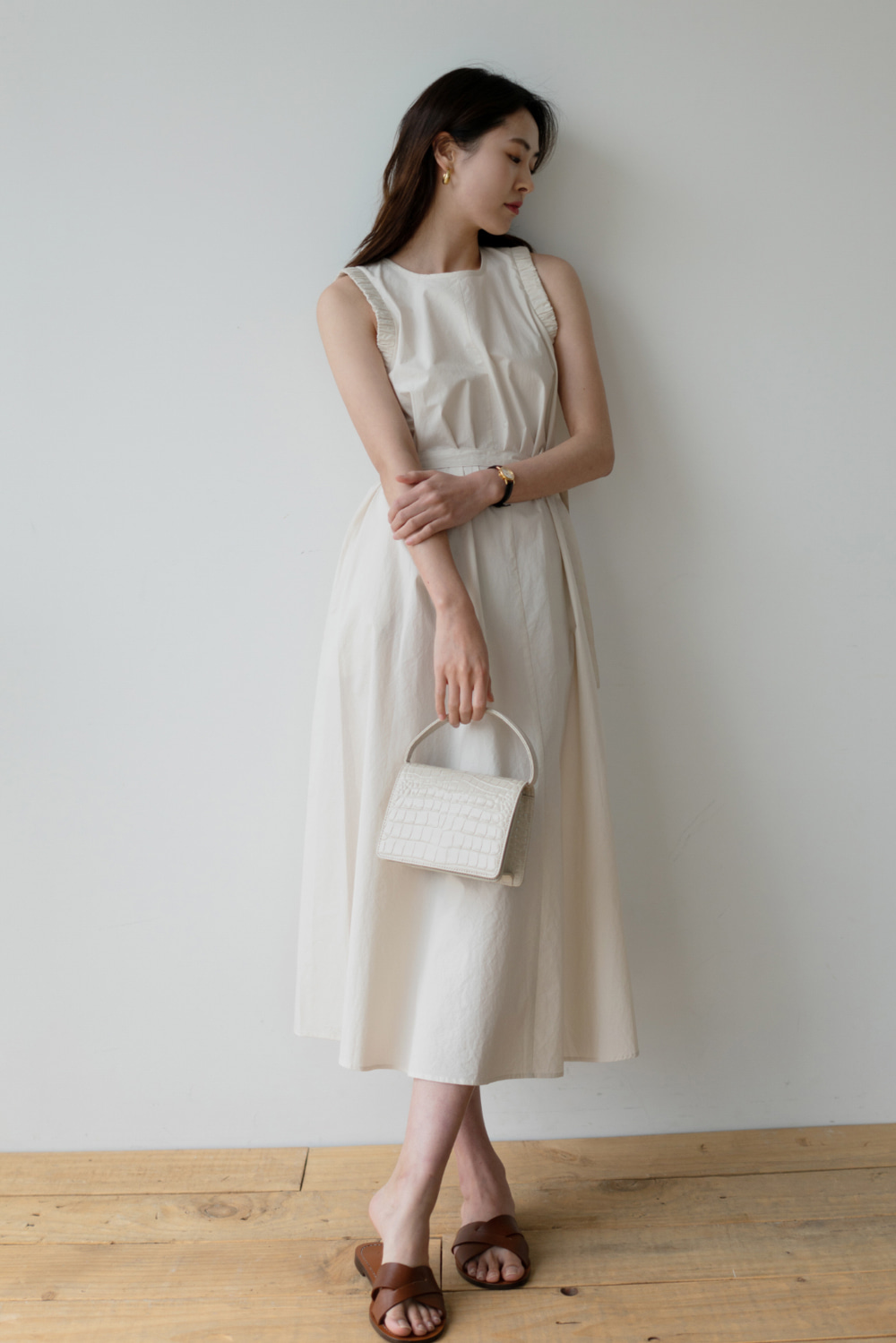 6699_Modern Sleeveless Dress