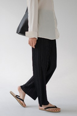 6154_Band pleated pants
