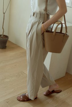 6867_Pintuck Trousers