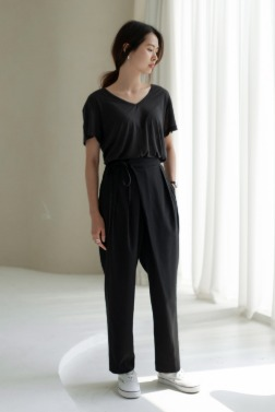 7104_Of Two Tuck Trousers